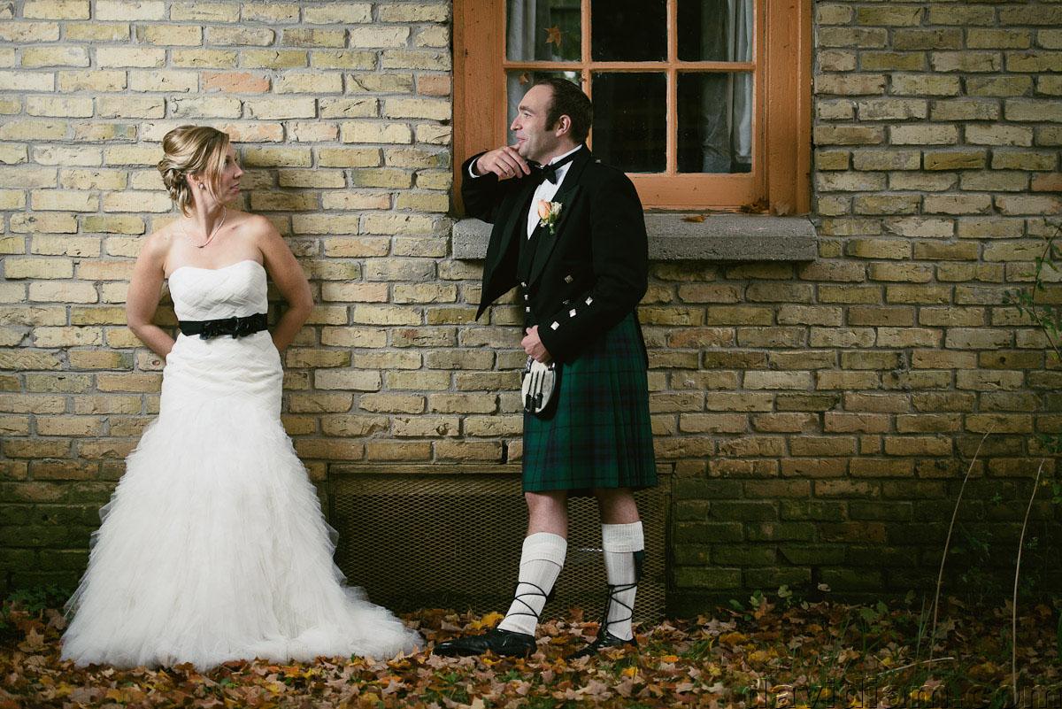 Pioneer-Villiage-London-Wedding-Photographer-056.jpg