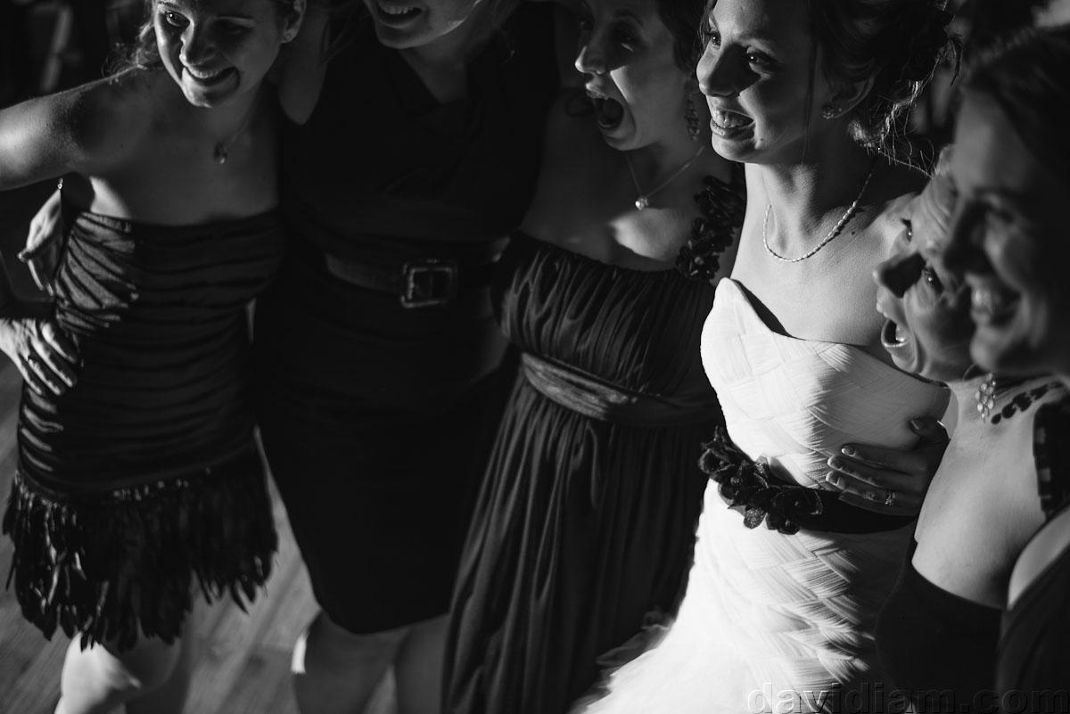 Pioneer-Villiage-London-Wedding-Photographer-084.jpg