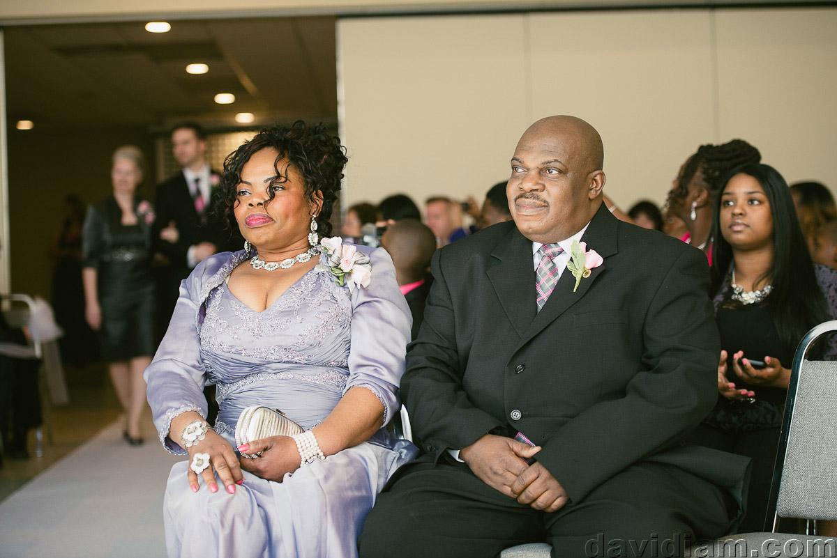 Burlington-Wedding-Photographer-Carmens-Hamilton-Photography-017.jpg