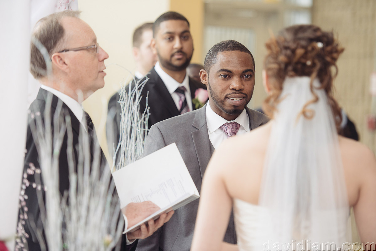 Burlington-Wedding-Photographer-Carmens-Hamilton-Photography-020.jpg