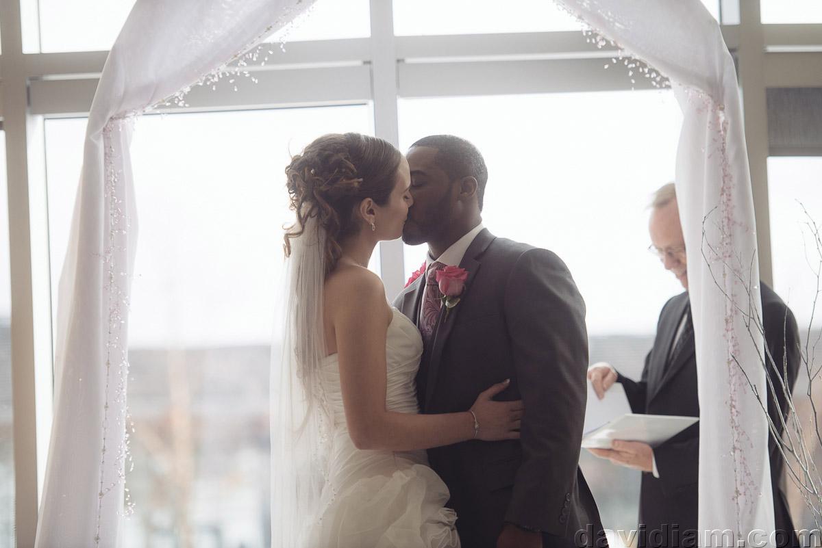 Burlington-Wedding-Photographer-Carmens-Hamilton-Photography-029.jpg