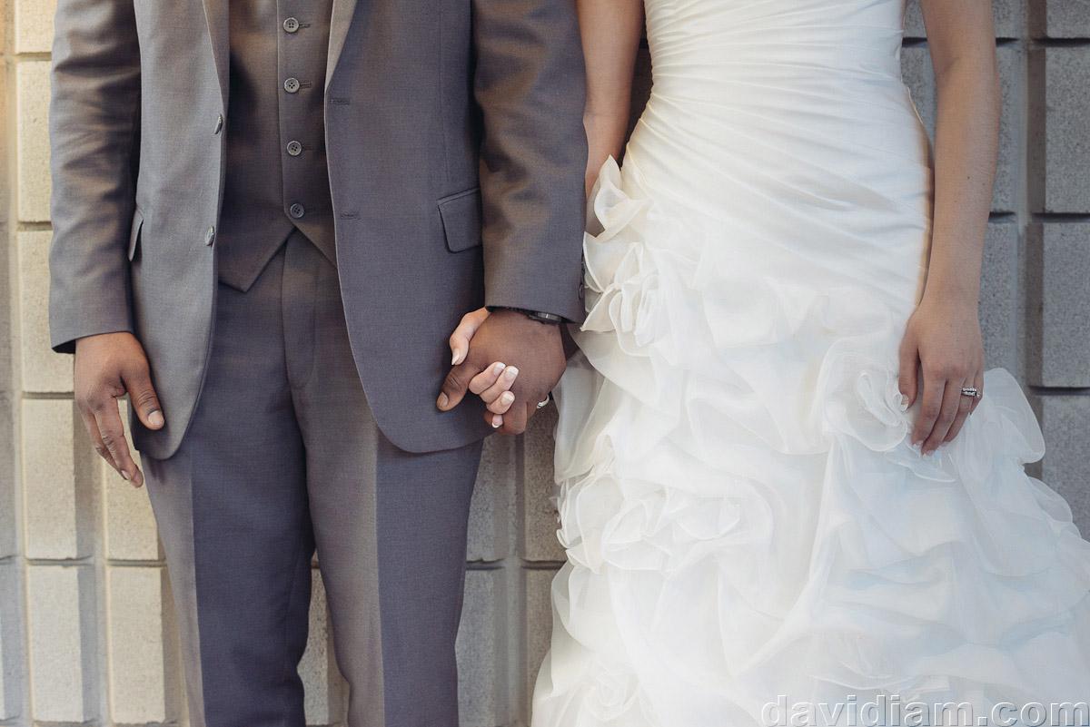 Burlington-Wedding-Photographer-Carmens-Hamilton-Photography-040.jpg