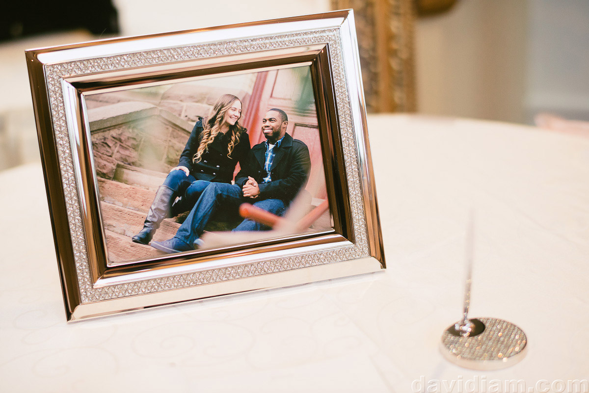 Burlington-Wedding-Photographer-Carmens-Hamilton-Photography-046.jpg