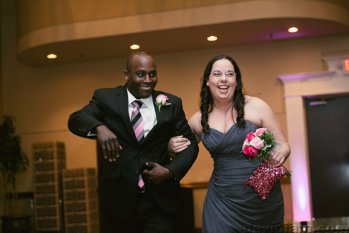 Burlington-Wedding-Photographer-Carmens-Hamilton-Photography-050.jpg