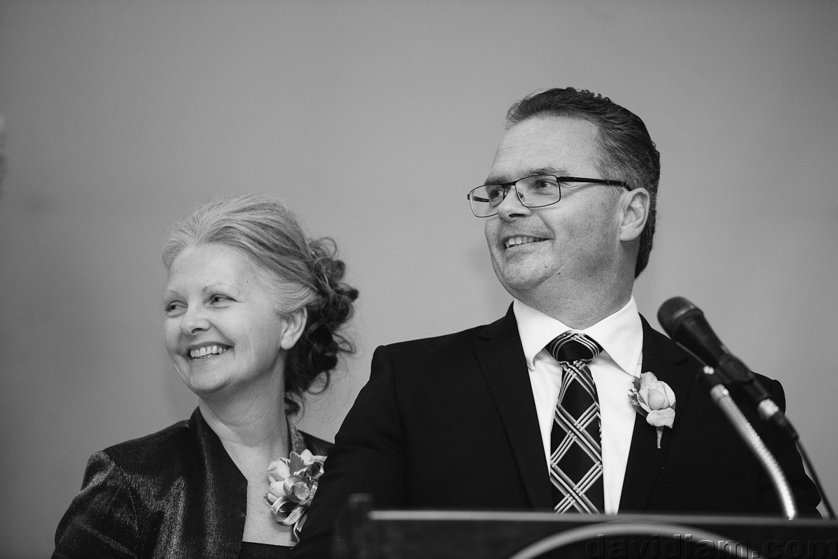 Burlington-Wedding-Photographer-Carmens-Hamilton-Photography-052.jpg