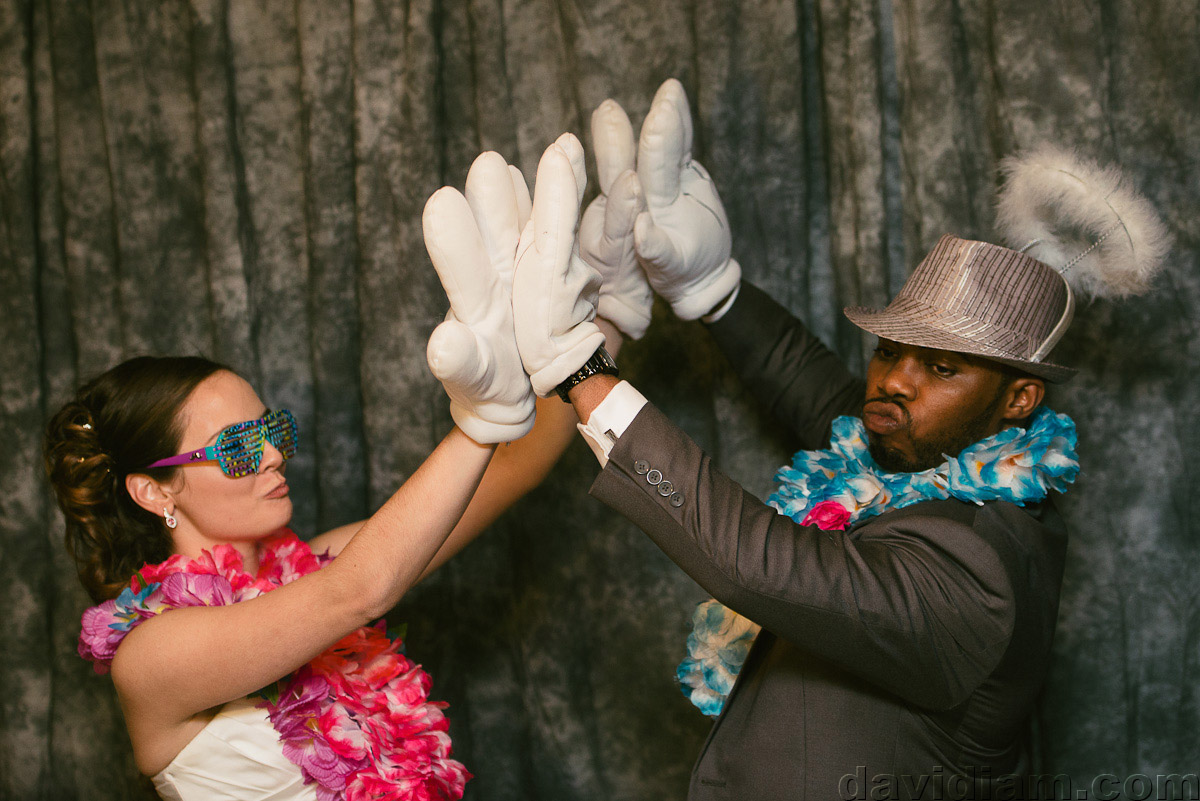 Burlington-Wedding-Photographer-Carmens-Hamilton-Photography-057.jpg