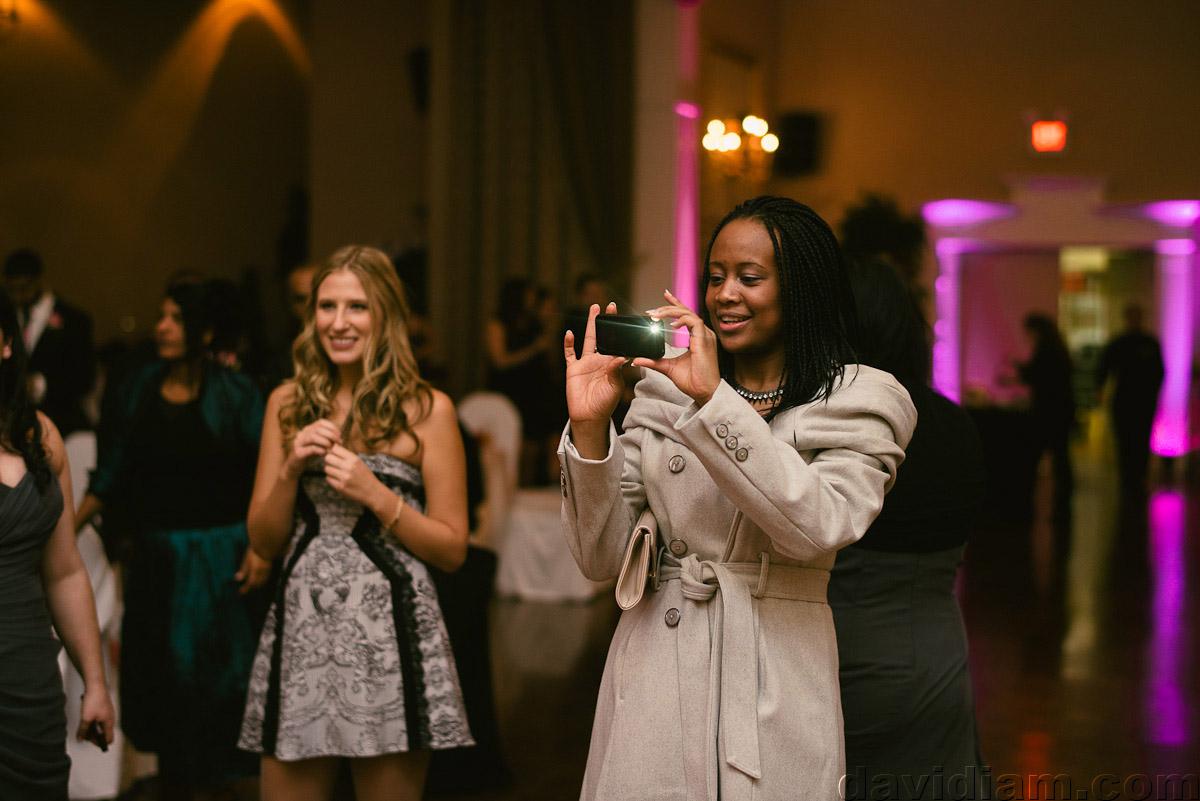 Burlington-Wedding-Photographer-Carmens-Hamilton-Photography-063.jpg