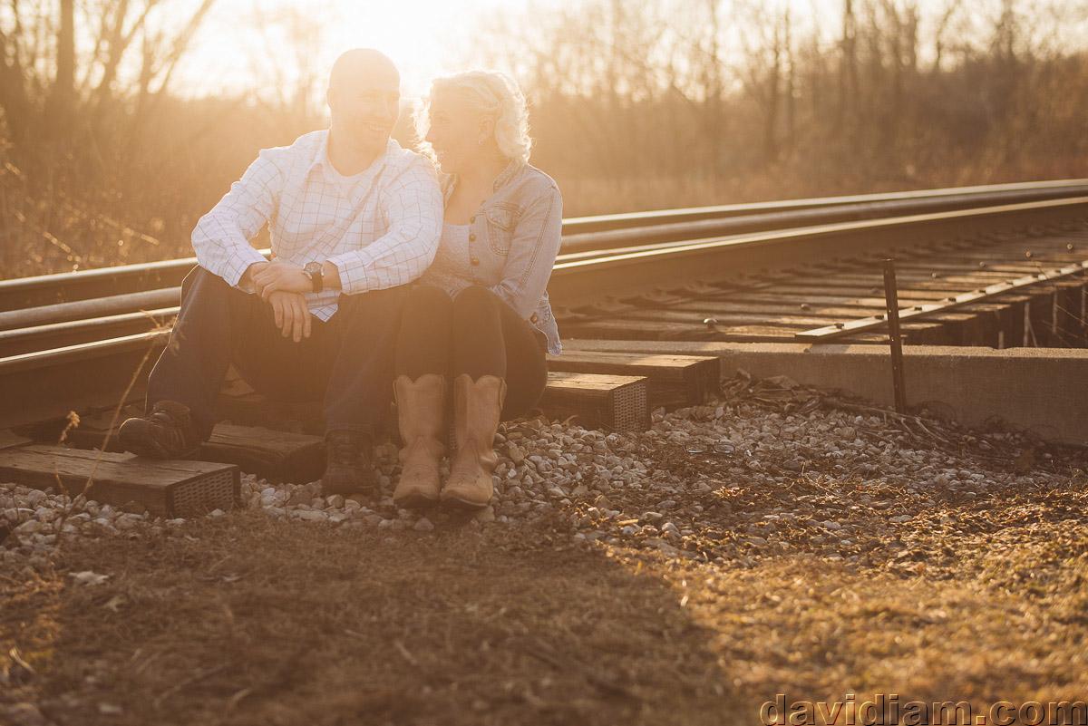 Waterloo-Wedding-Photographer-Engagement-davidiam-005.jpg