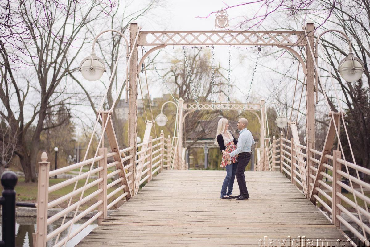 Victoria-Park-Engagement-Photography-Kitchener-005.jpg