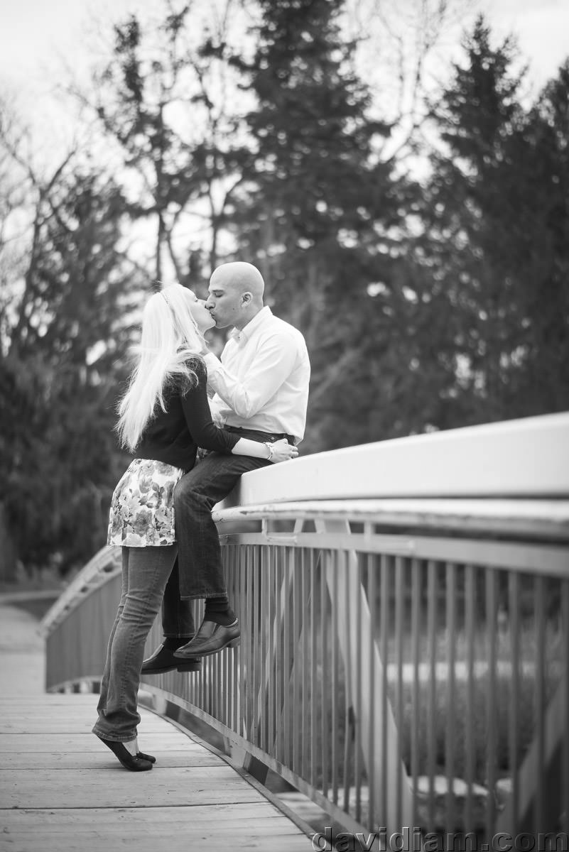 Victoria-Park-Engagement-Photography-Kitchener-012.jpg