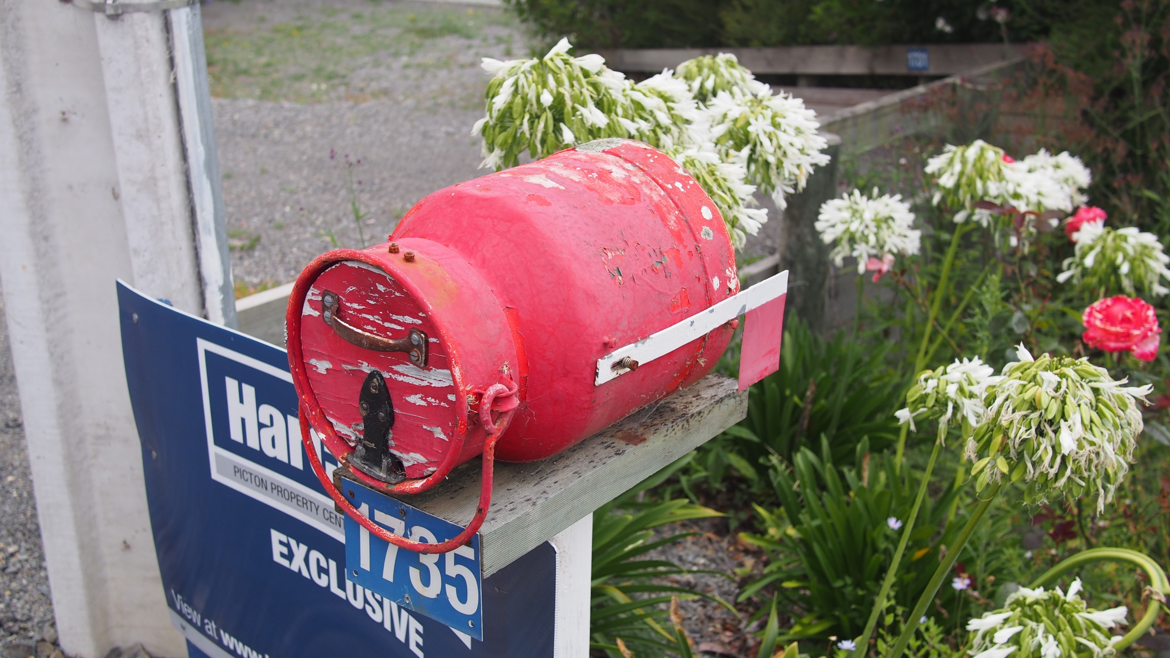 Mailboxes 3.jpg