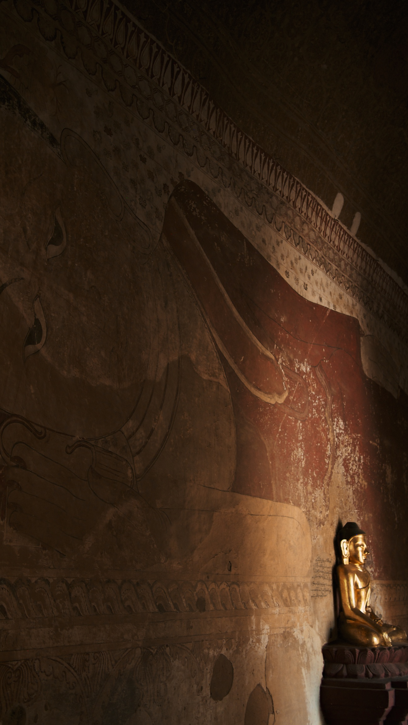 Inside Sulameni Temple