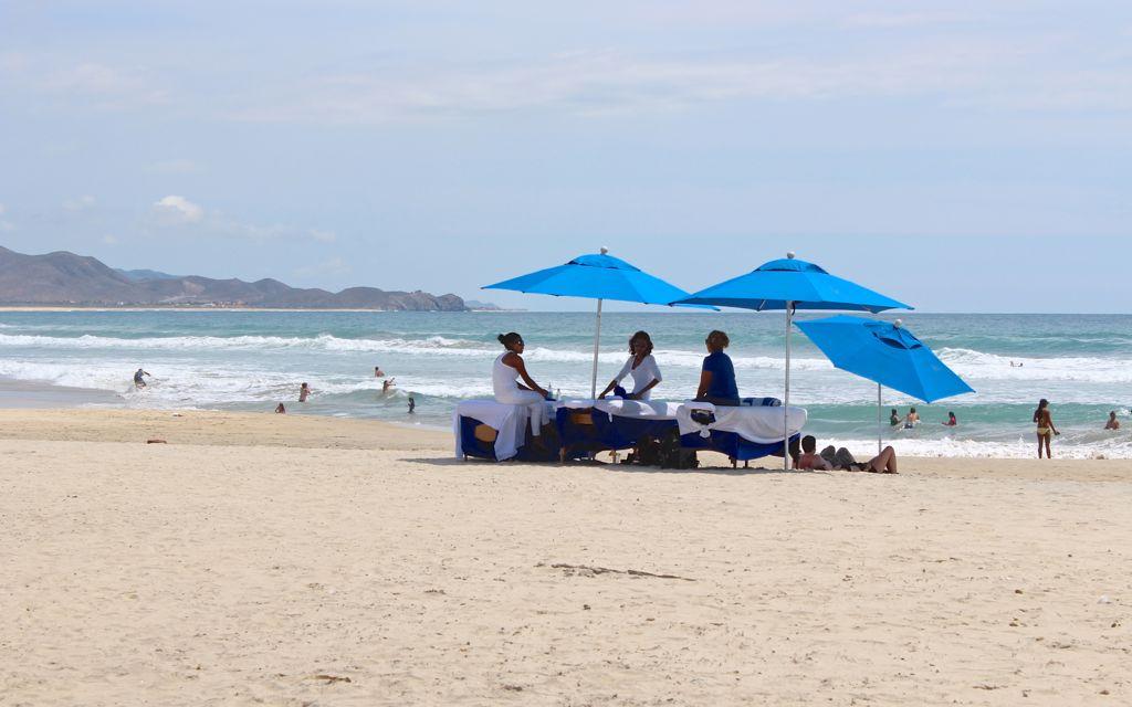 Cerritos-Massage on the Beach