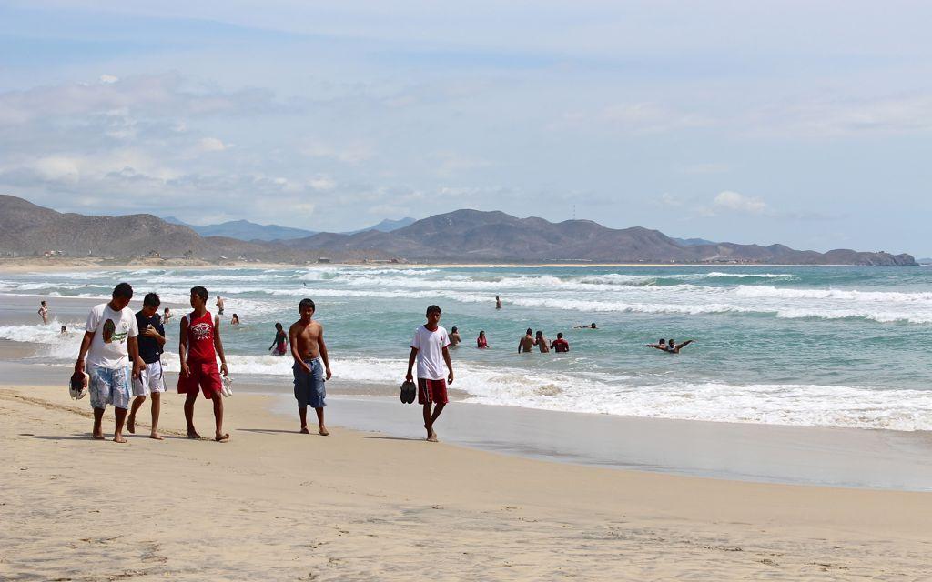 The endless shoreline of Cerritos