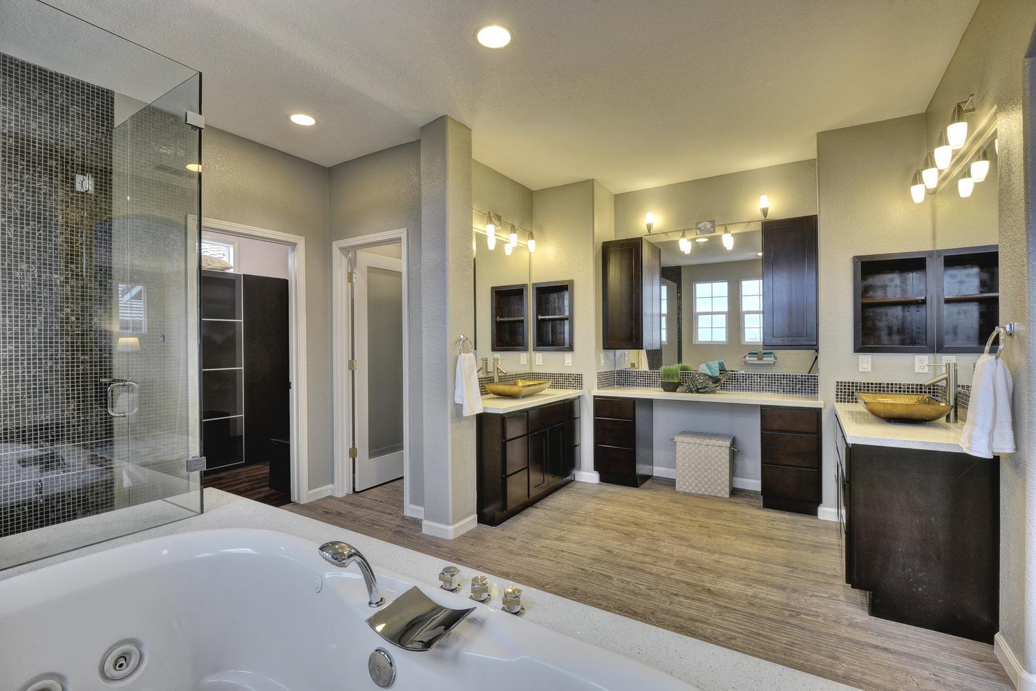 29180 Marshbrook Dr Hayward CA-large-016-Master Bathroom-1499x1000-72dpi.jpg