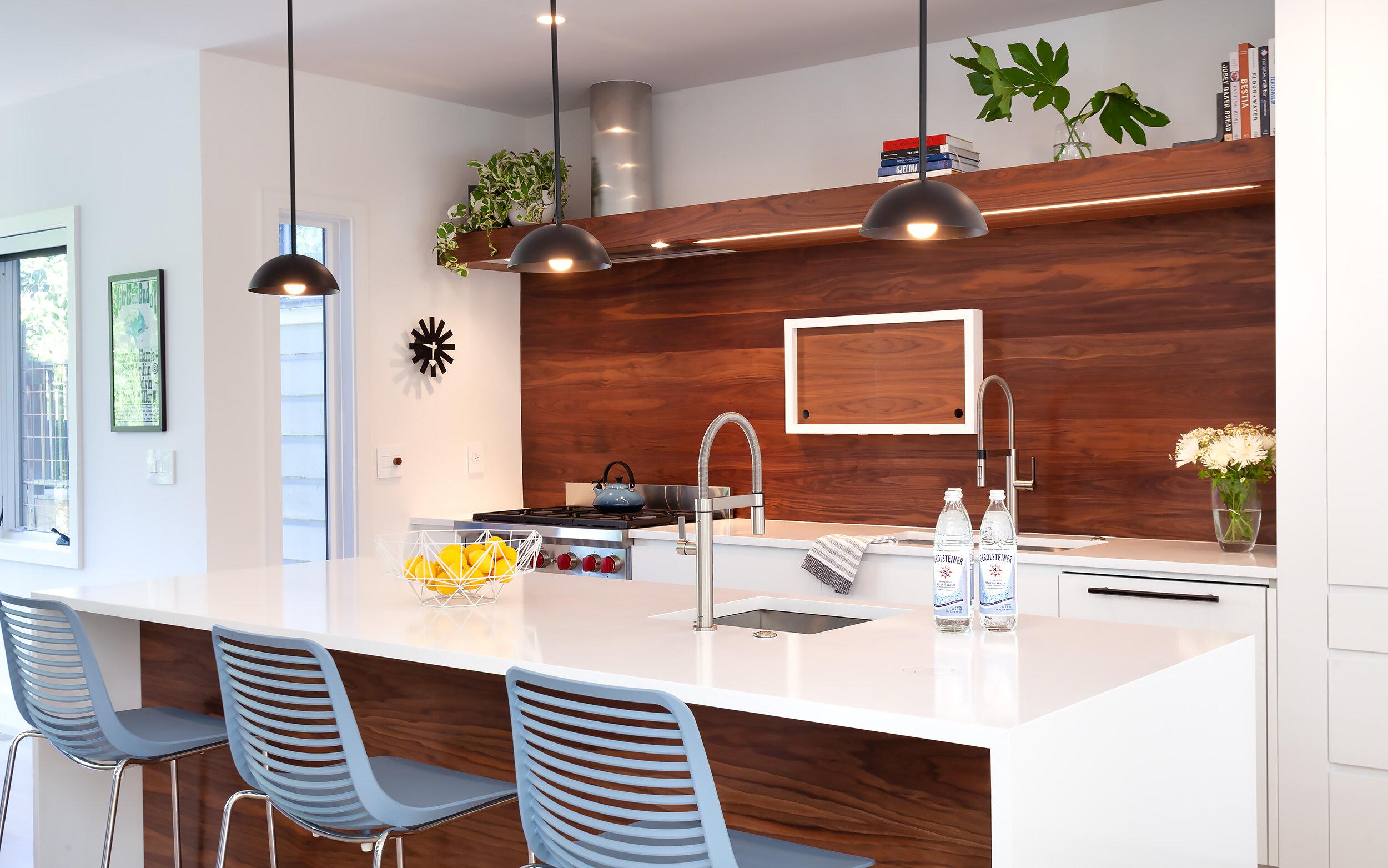 Kitchen2JPG.jpg