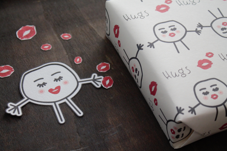Hugs and Kisses Gift Wrap | www.maritzagarcia.website