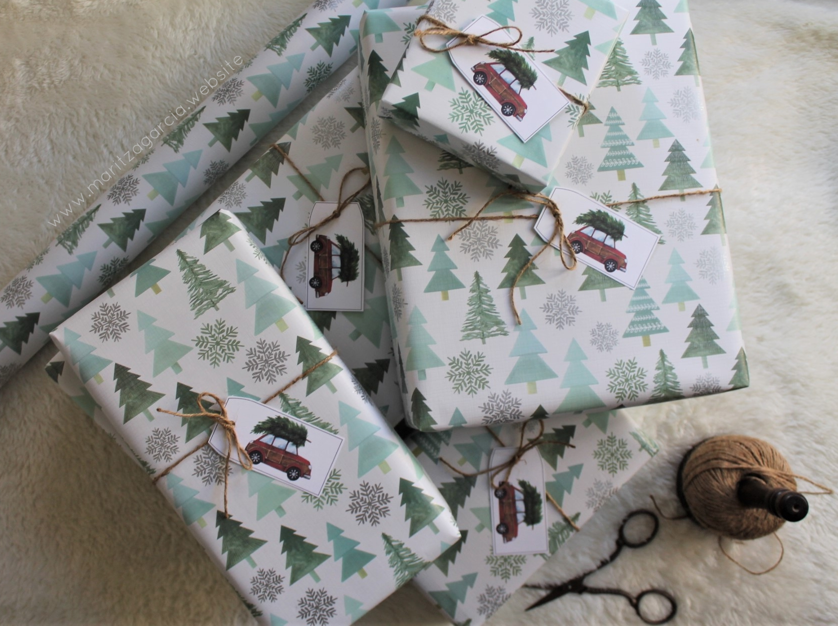 (Gift Wrapping) Mini Winter Wonderland | www.maritzagarcia.website