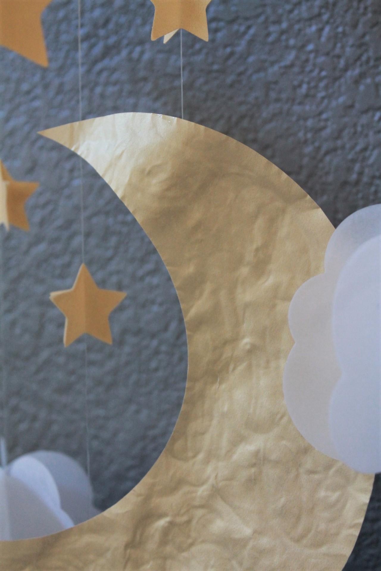 DIY Vellum Paper Garland | www.maritzagarciawebsite