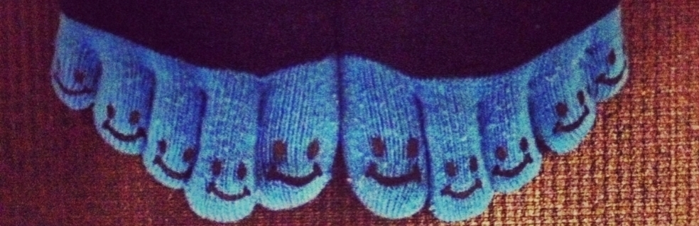 happy toes.jpeg