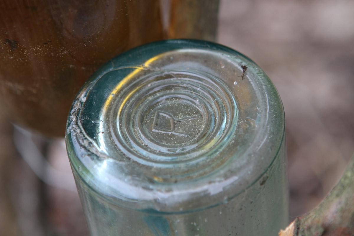 P25_bottle_greeter (4).jpg
