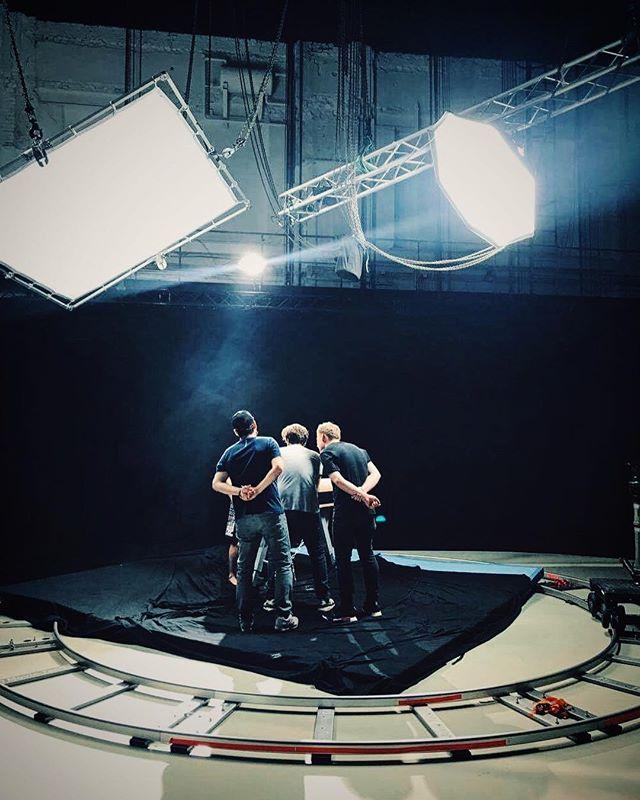 stuff happening for reebok 🎬#studiovibe #spinspinspinaround #ad