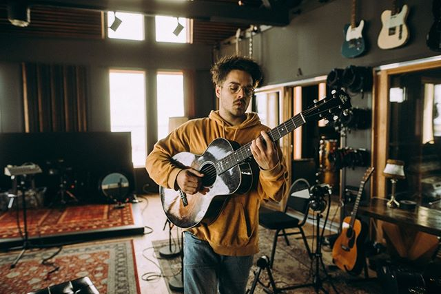 @milkychance_official in the office