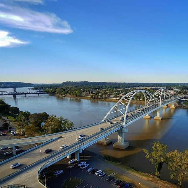 Nice view of the Arkansas River from my hotel balcony. #garversummit2019 #t #wraystagram