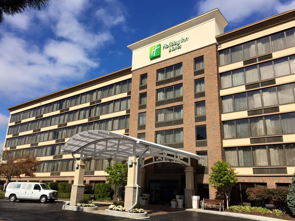 HOLIDAY INN - WARREN 1.jpg