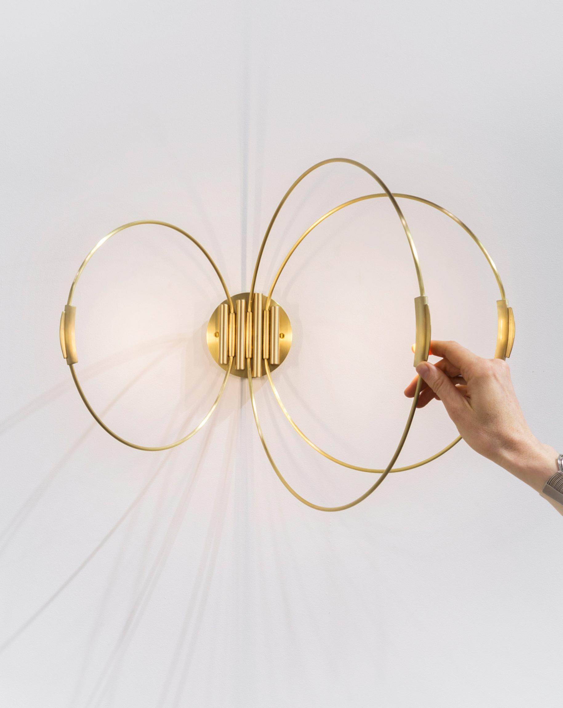 3-rings-sconce-elish-warlop-2.jpg