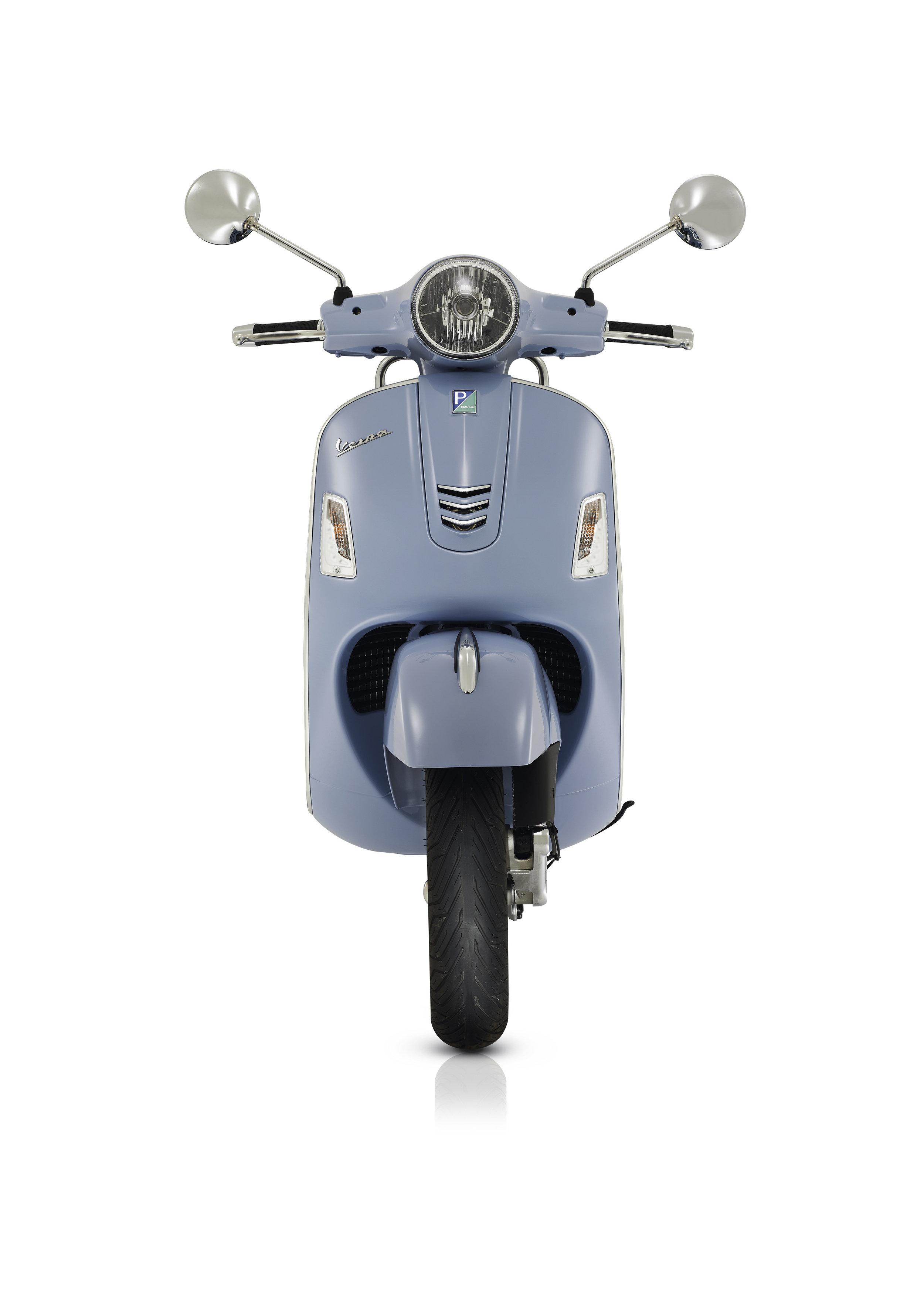 Vespa GTS 300 (9).JPG