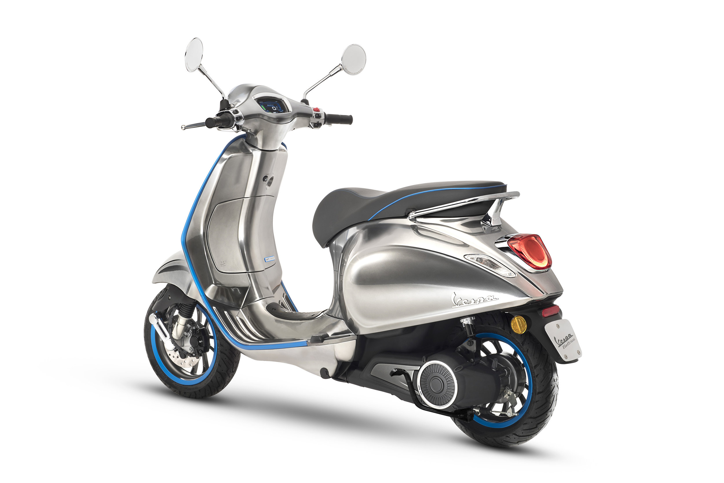 Vespa-Electric-Scooter-Elettrica-Will-Be-Around-in-2018.jpg