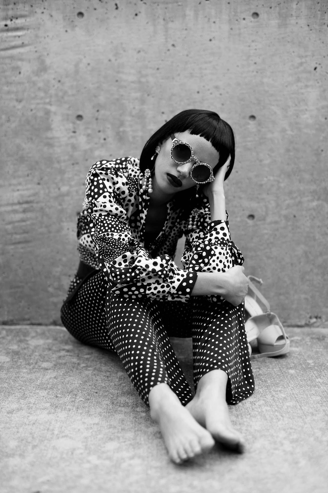 Amanda Sears Wardrobe Stylist B&W 3.jpg