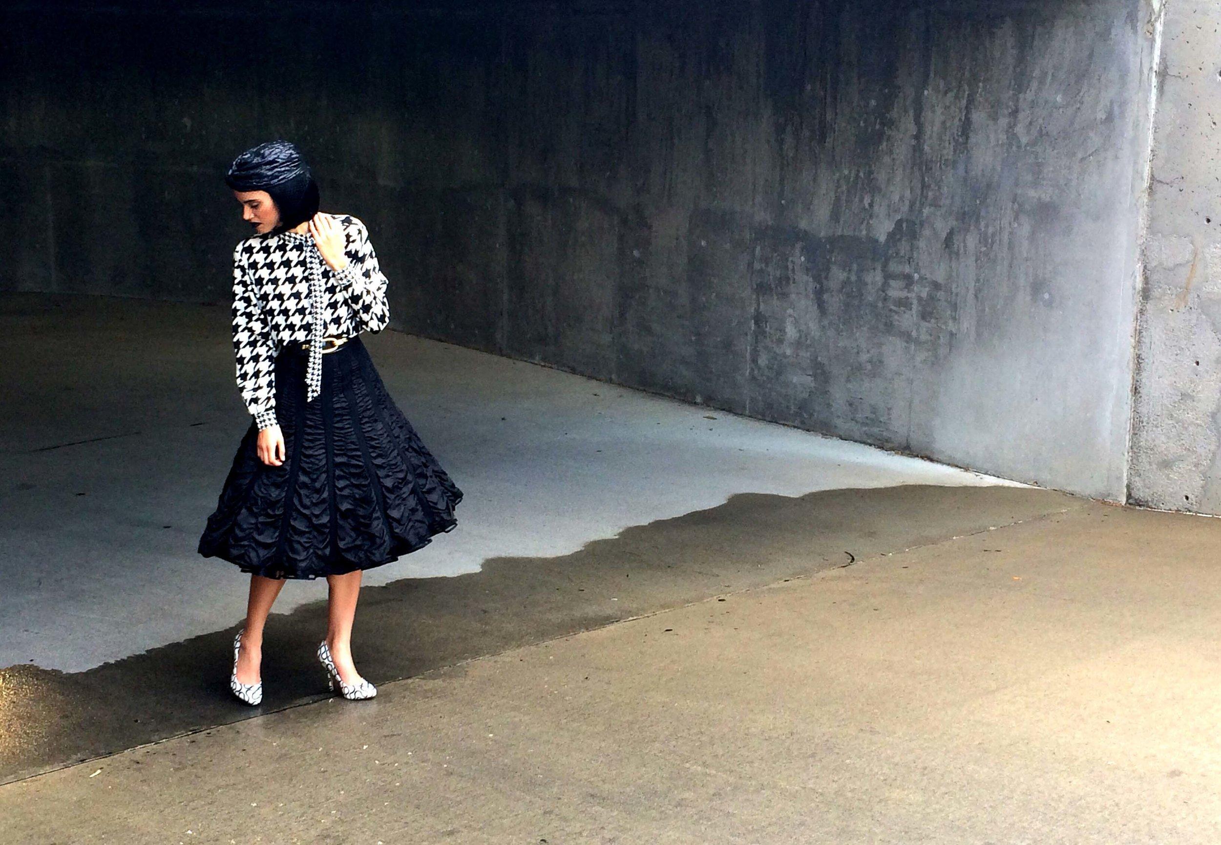 Amanda Sears Wardrobe Stylist B&W 5.jpg
