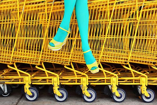 2a+DRESS+yellow+shoes+and+carts+blue+tights+via+xx+Pinterest+source+LovePuppy+tumblr.jpg