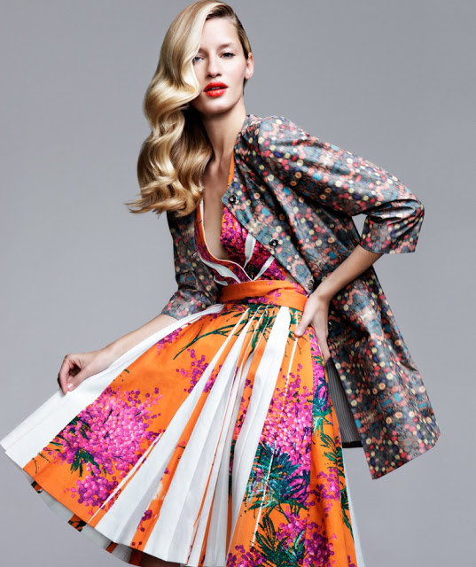 5+DRESS+spring+Linda+Vojtova+by+Richard+Ramos+Cheap+&+Chic+Woman+Spain+March+2012.jpg