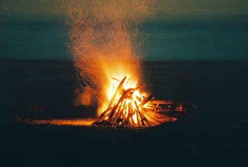 4+BEACH+SHACK+CHIC+6+bonfire+via+weheartit.jpg