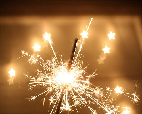 4+BEACH+SHACK+CHIC+3+sparklers+via+encoureuneminute+tumblr.jpg