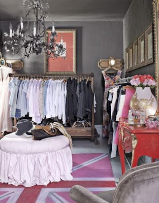 3+closet+elizabeth+carney+design+in+Country+Living+spied+on+La+Belle+Maison+pinterest.jpg