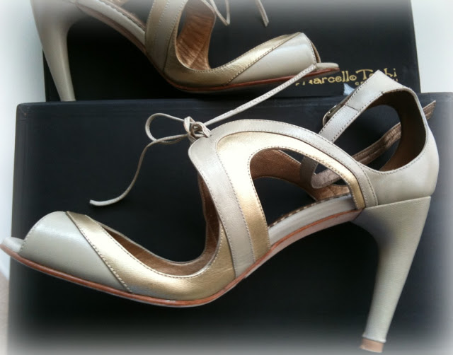 4+Bus+Stop+Shoes+4+Marcello+Toshi+photo+Doreen+Creede+Style+Maniac+IMG_1875-1.JPG