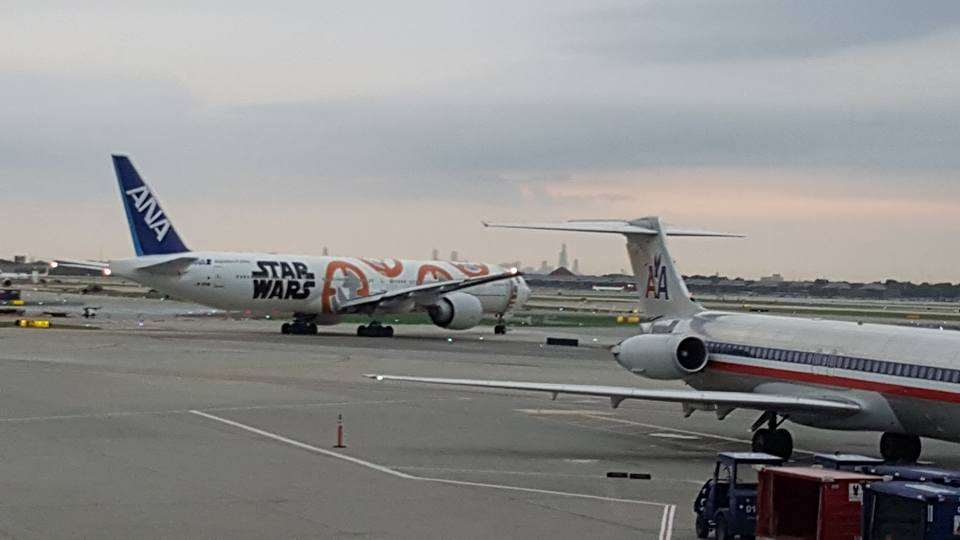 There was an excellent Star Wars plane on the tarmac at O'Hare when we were leaving. Very cool!