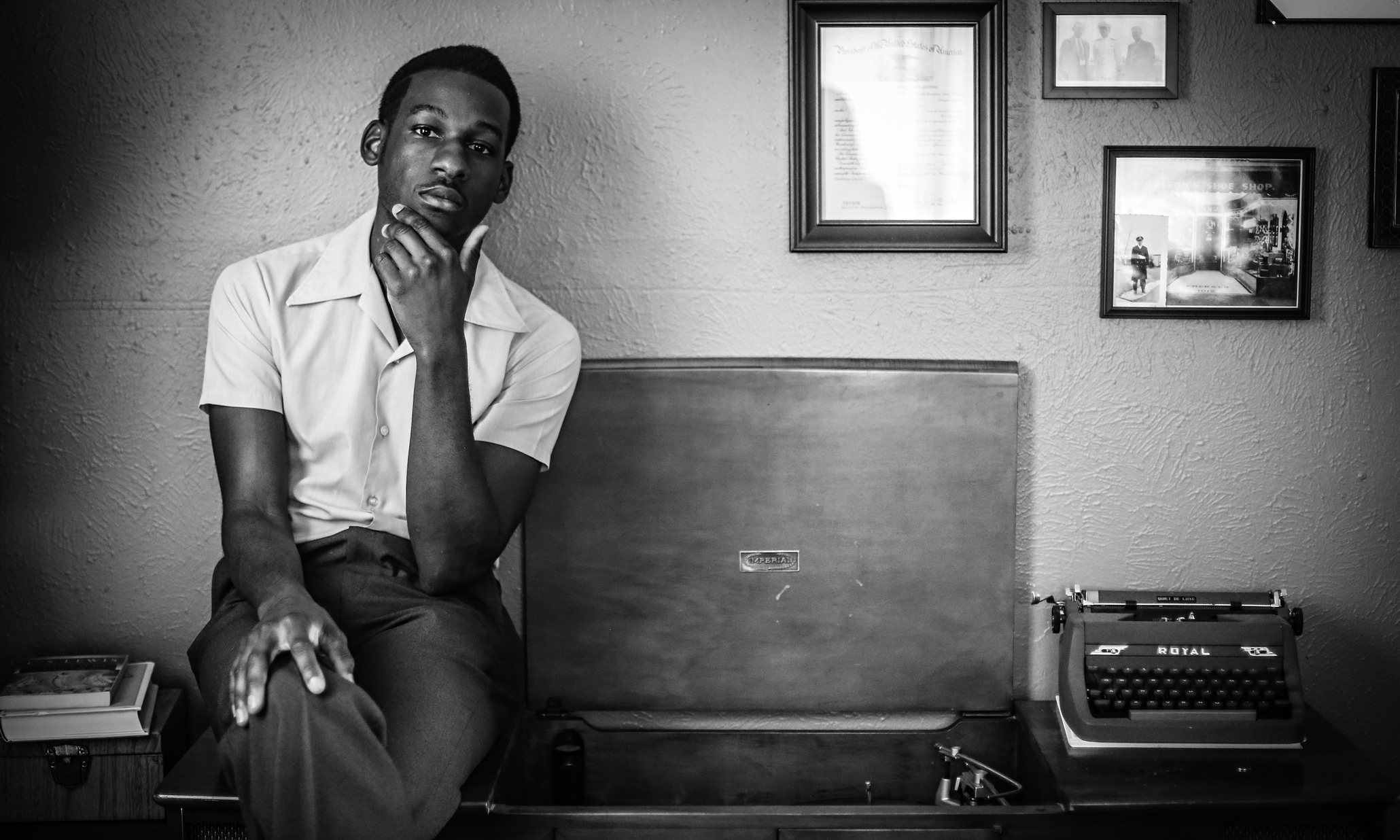 LeonBridges.jpg