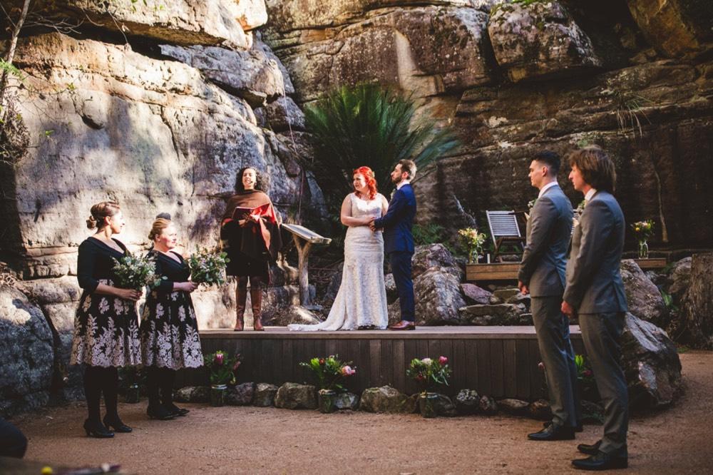 kangaroo-valley-bush-retreat-wedding_18.jpg