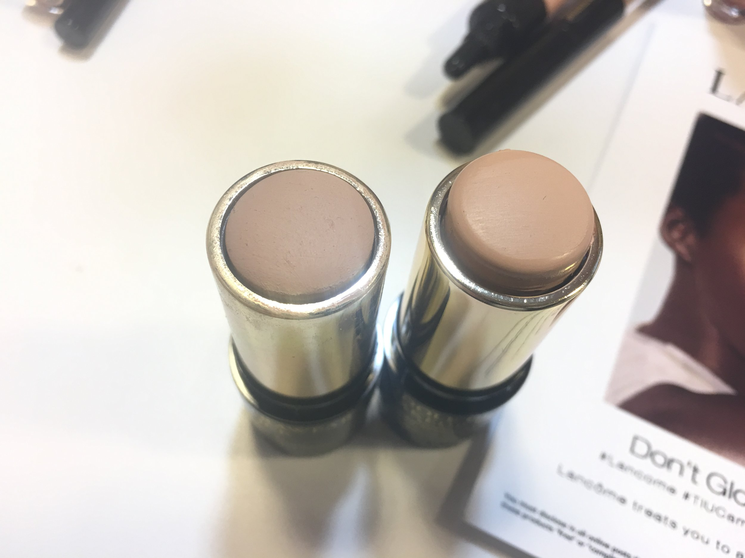 'my' shade (110) on the left, the shade from the box (140) on the right