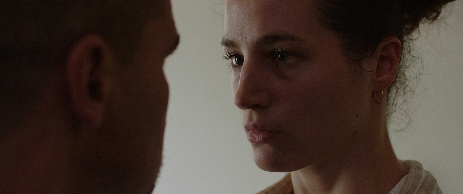 Elisa Lasowski as Ariana