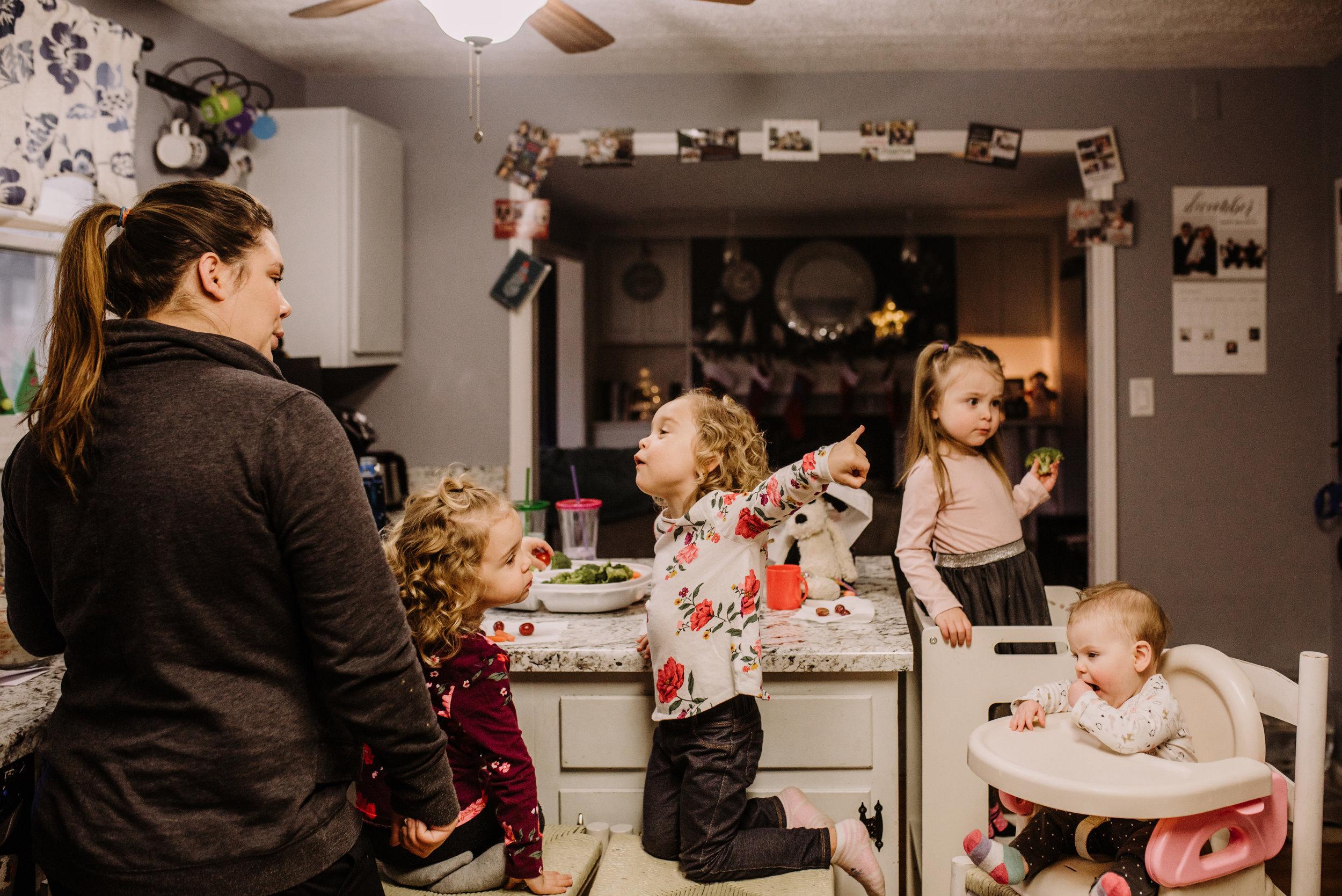 Family Gathering / Holiday Feast - Family V Slice of Life Documentary Session