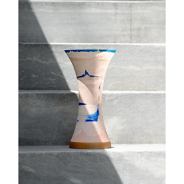 One of my favorite vase I ever made. Made specially for @1000vases and will be exhibited & for sale next to hundreds of awesome selection of vases @espacecommines in Paris during @parisdesignweek. #1000vases #parisdesignweek #paris #groundvase #ragnaragnarsdottir #ifyouwantitcomeandgetit