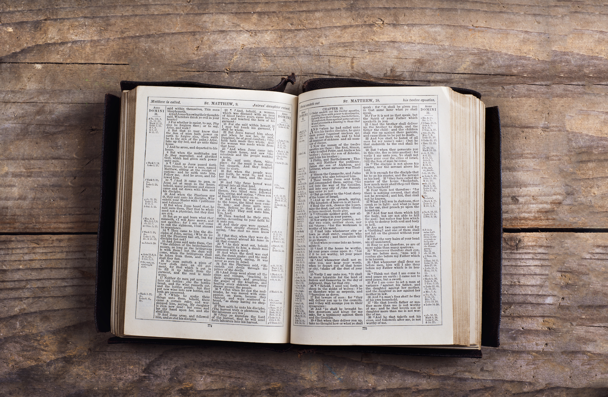 graphicstock-opened-bible-on-a-wooden-desk-background_HC9Nsrp-W.jpg