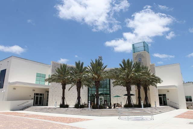 The beautiful Miami Country Day School campus.