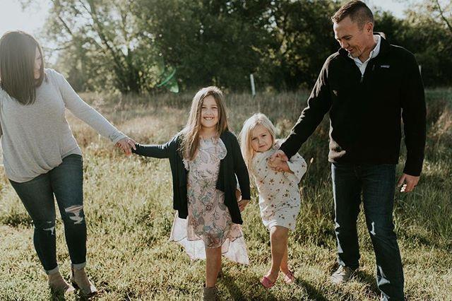 Omg Fall. I love you. #familyphotography #fallphotoshoot #wmphoto